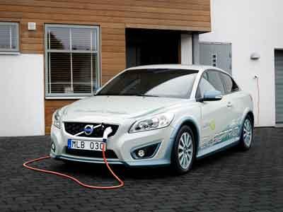 Siemens och Volvo Personvagnar inleder strategiskt partnerskap kring elbilar