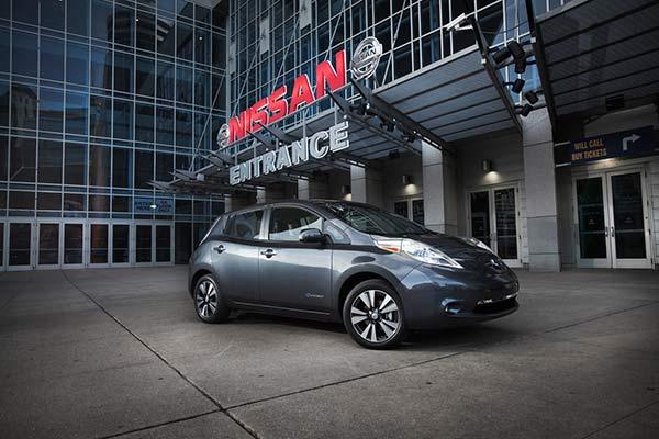 Nissan bygger framtidens bilar med automation från AP&T
