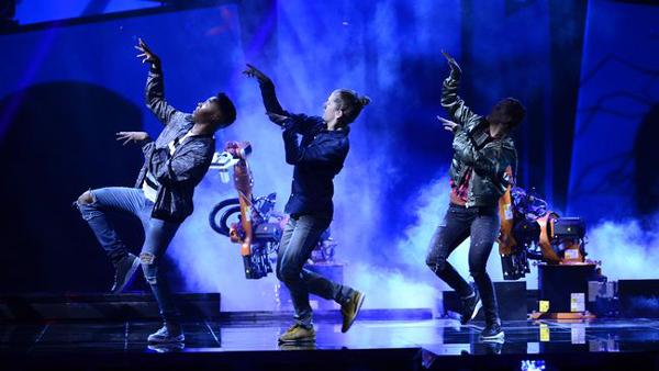 Robotarna dansade sig in i Eurovisionpublikens hjärtan