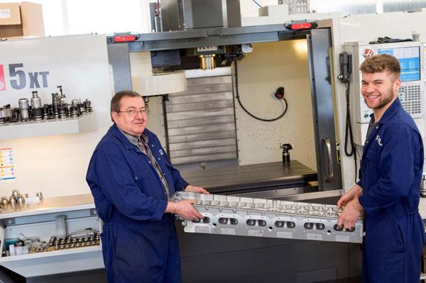 Ny Haas-maskin för långa detaljer hos Retro Track & Air