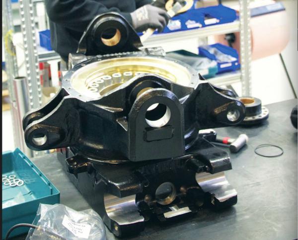 Steelwrist tar hem produktion och automatiserar