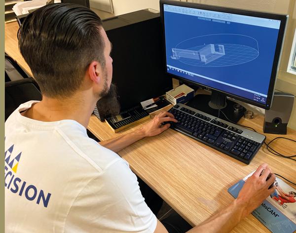 """Microprecision streamlinar CNC programmering med CAM"""
